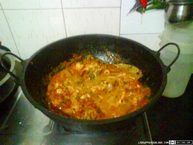 Fry tomato, add coriander, mint, spices, chicken